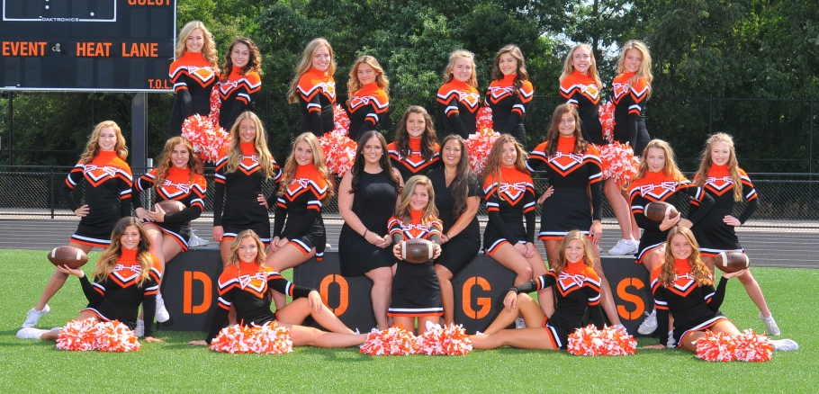 Girls varsity Cheer